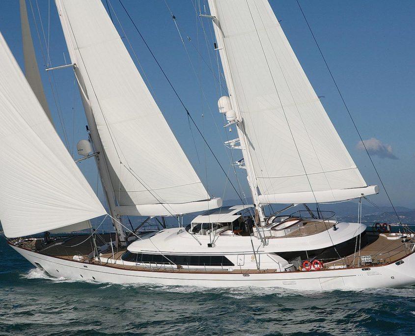 rosehearty yacht 56m Perini Navi
