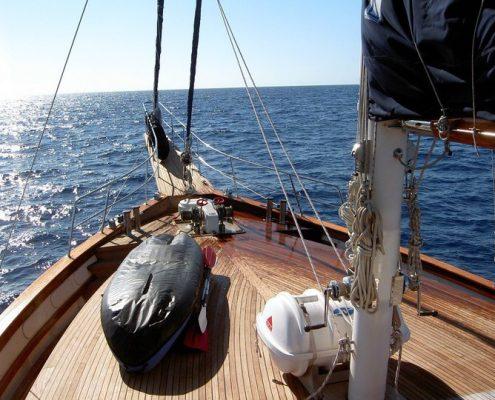 myra yacht sale bow