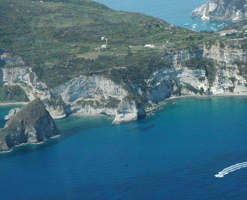 Crewed Charter Pontine Islands ponza