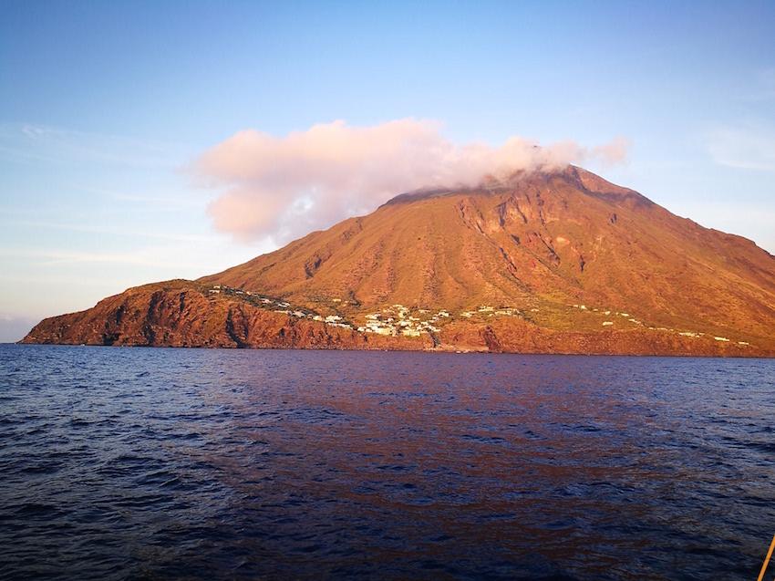 aeolian islands yacht charters stromboli trekking