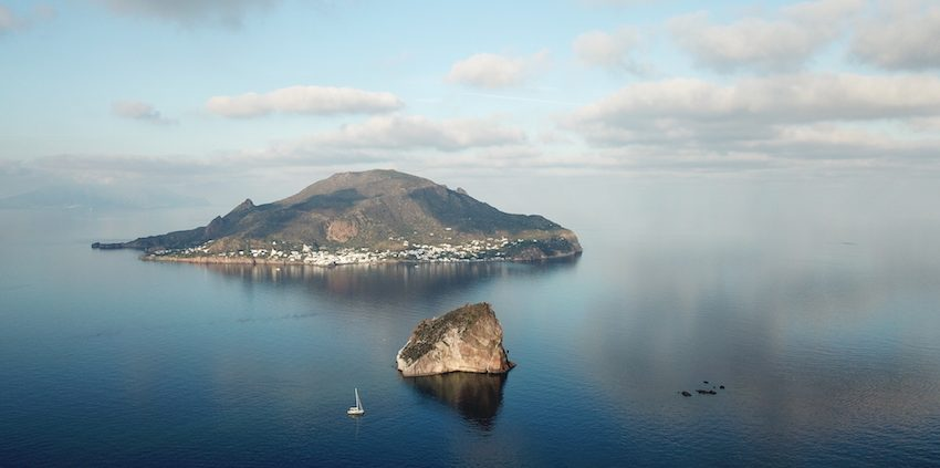 sailing the aeolian islands