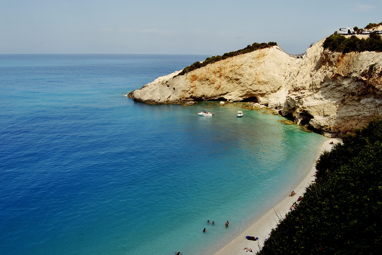 sailing cruises in greece lefkada bay