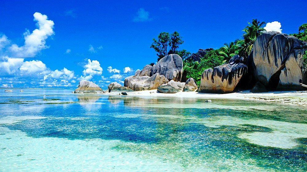 seychelles winter destinationsl equinoxe