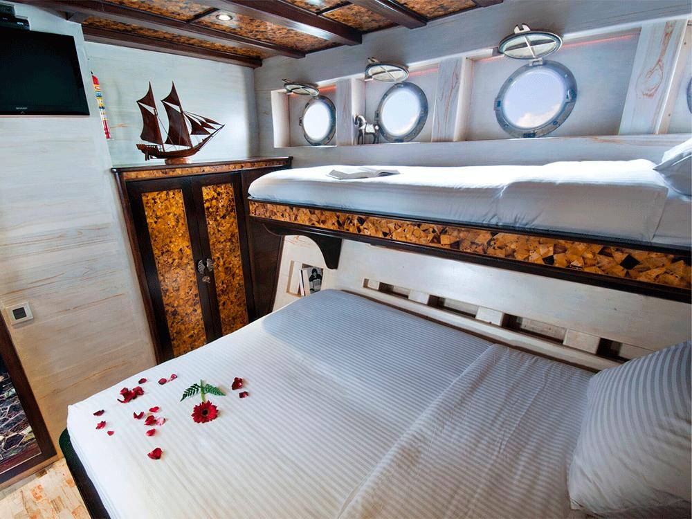 mantamae guest cabin