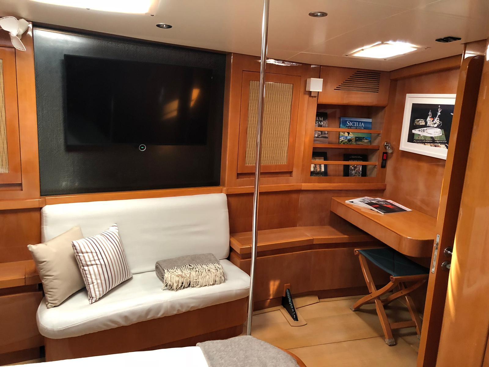 logica owner cabin tv