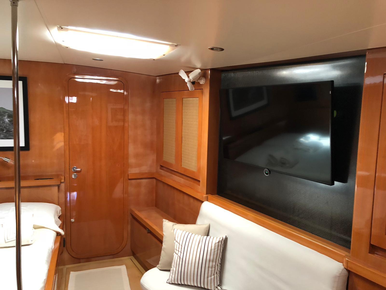 logica tv owner cabin