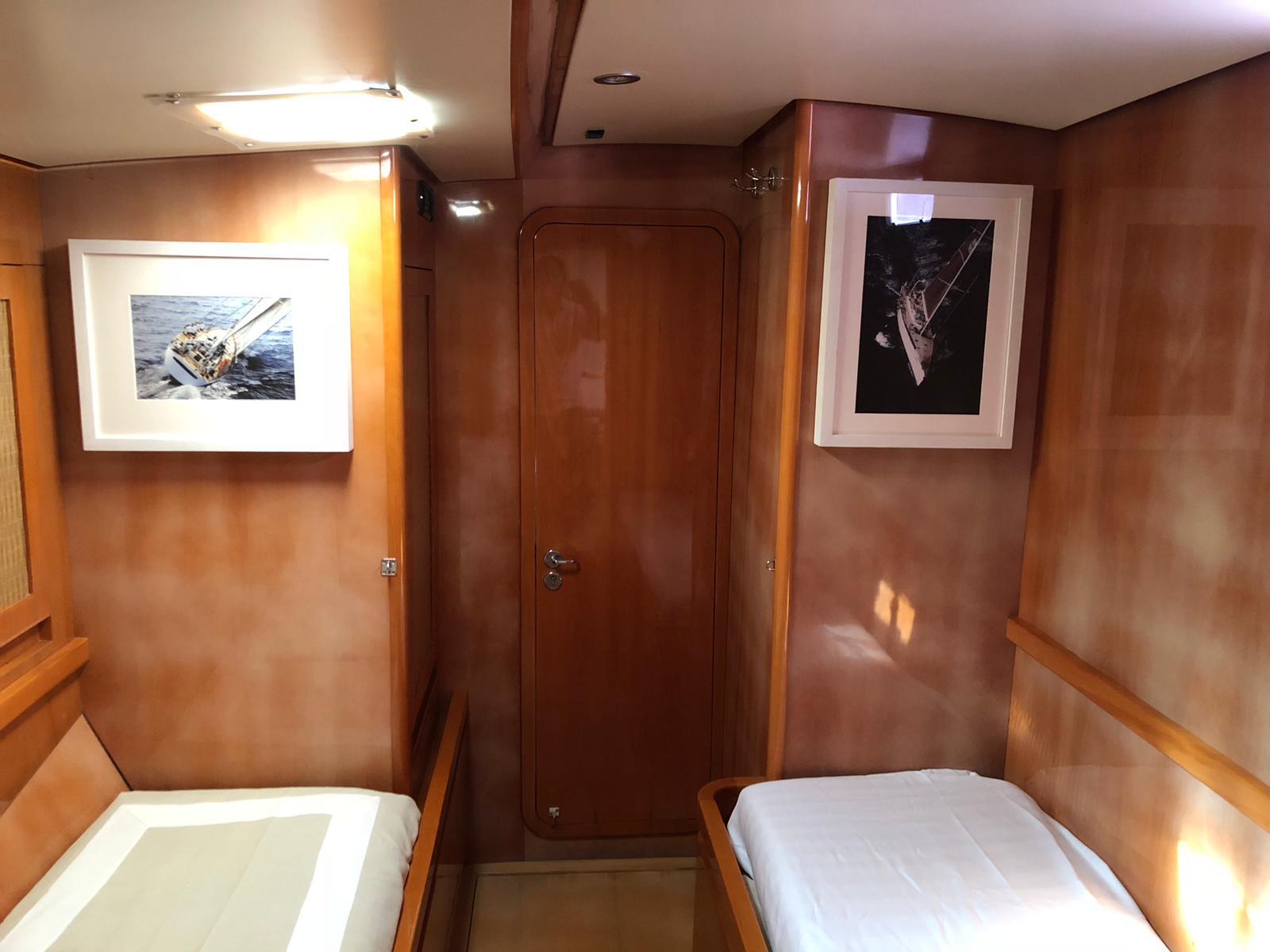 logica yacht twin cabin door