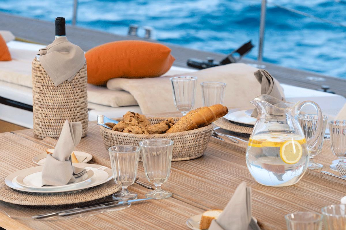 logica yacht bread