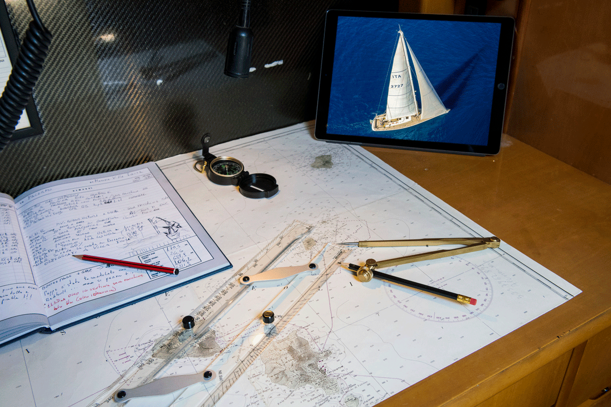 logica yacht nautical charts