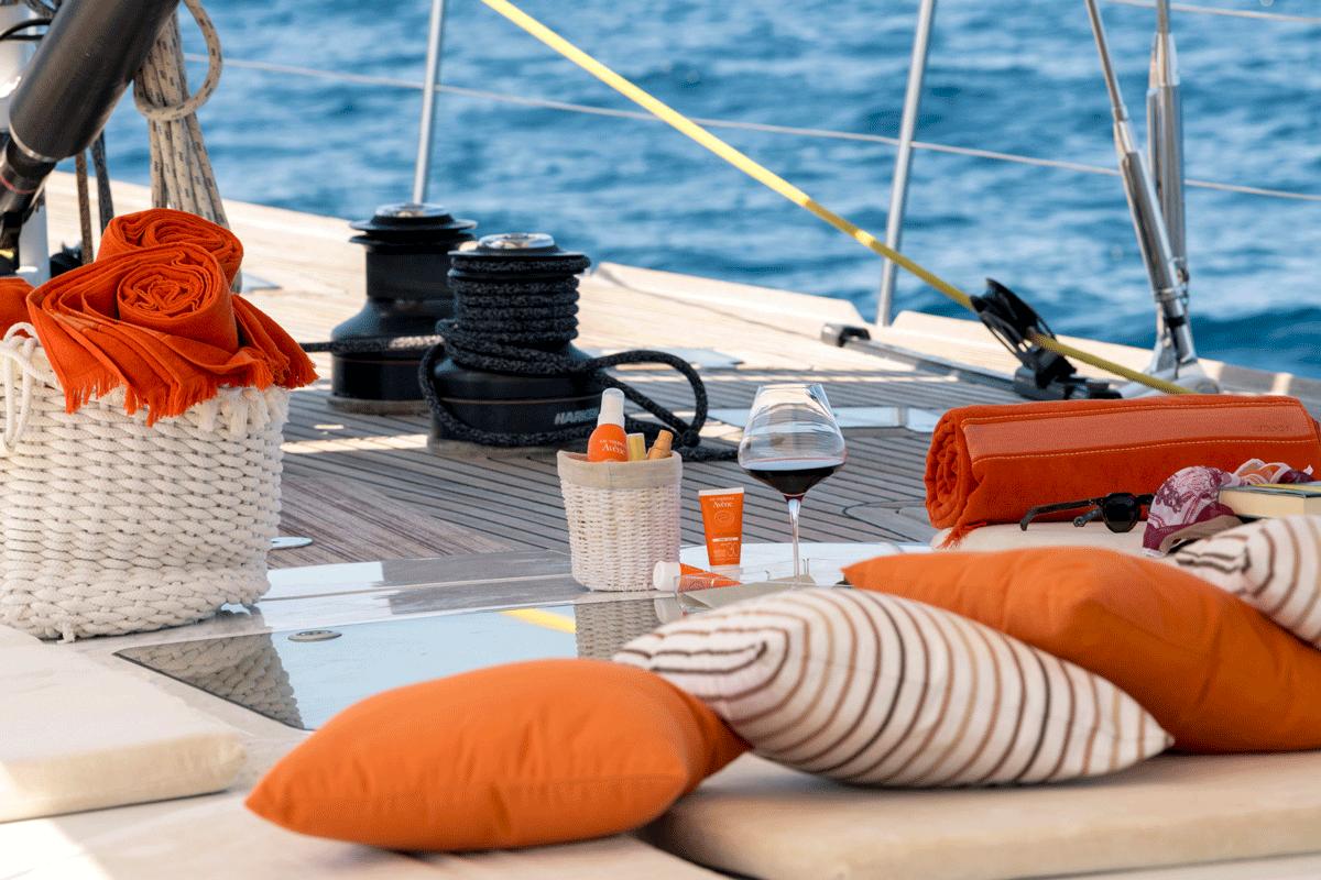logica yacht details