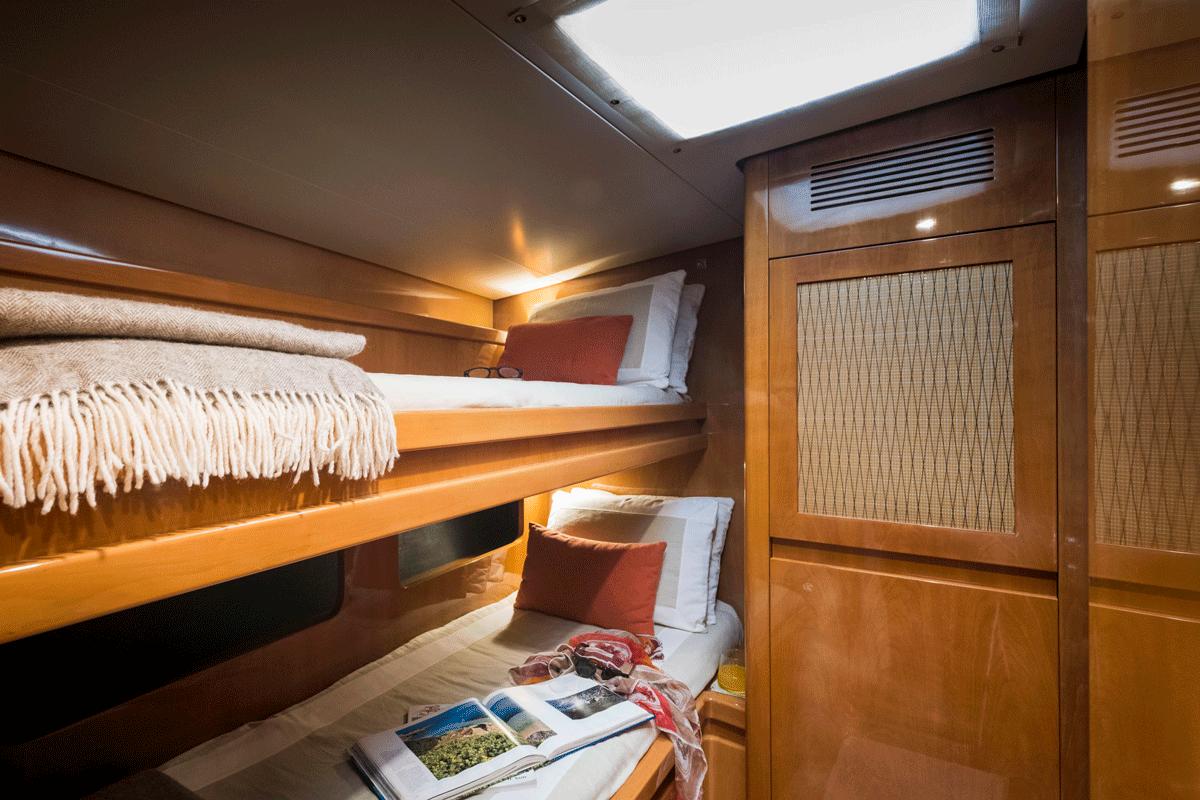 logica yacht pulmann beds