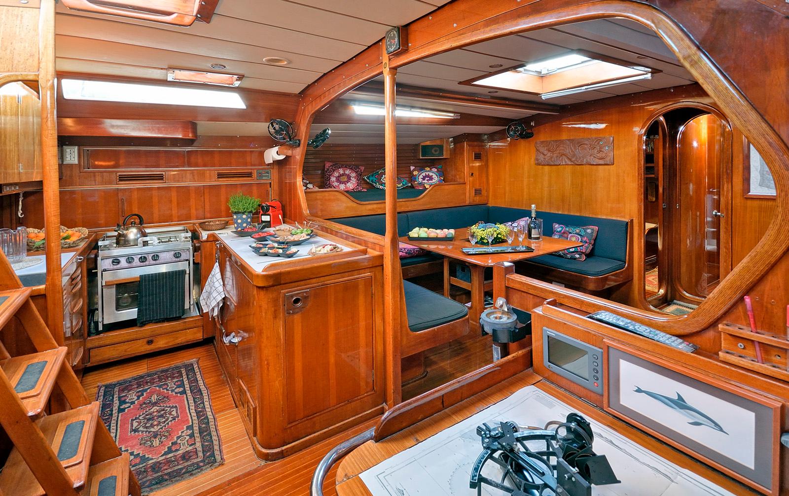 tangaroa yacht charter appetizer