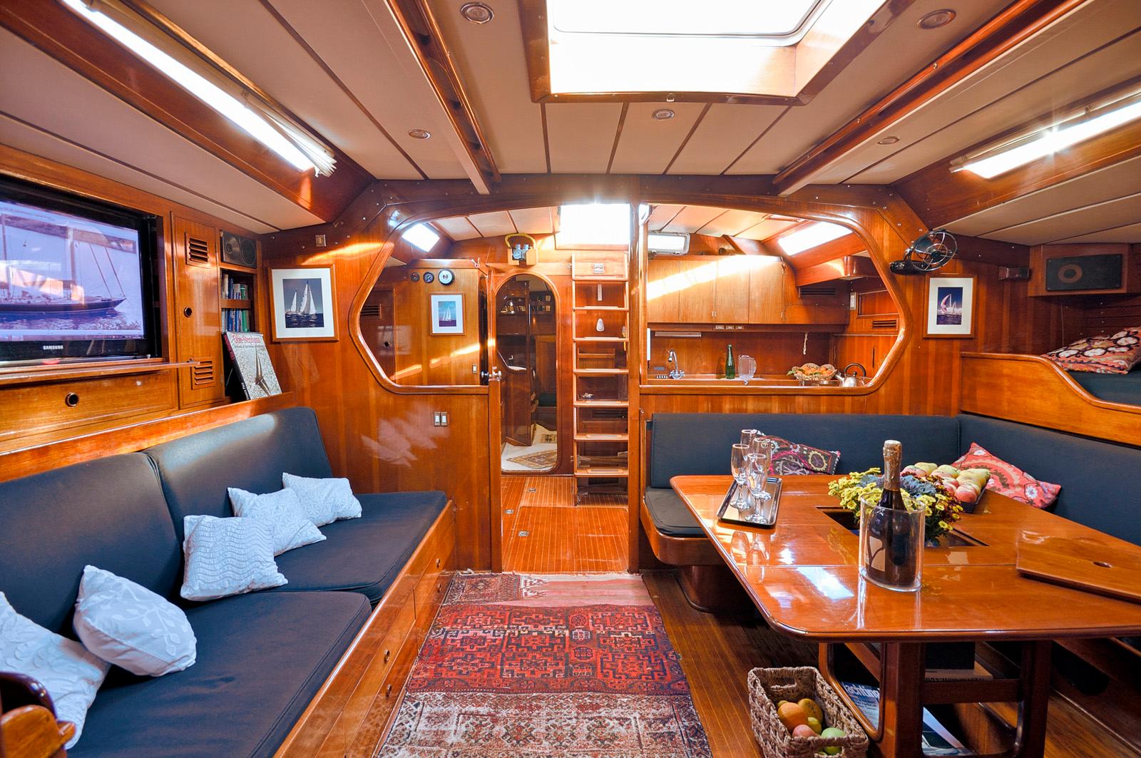 tangaroa yacht interior salon