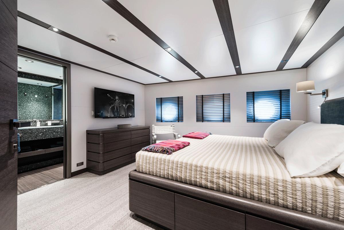 genesia yacht cabin guest