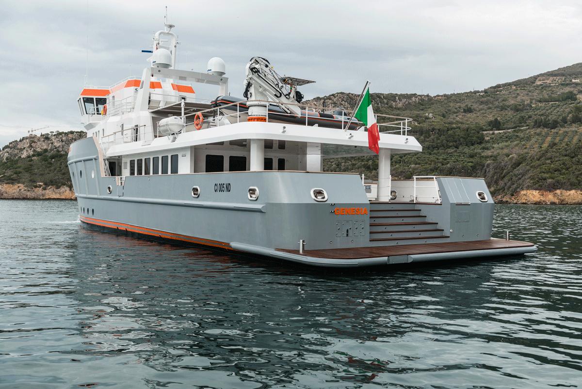 genesia yacht stern