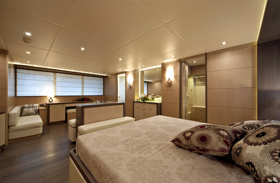 ab yachts owner suite
