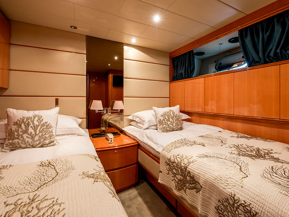 indulgence of poole twin cabin