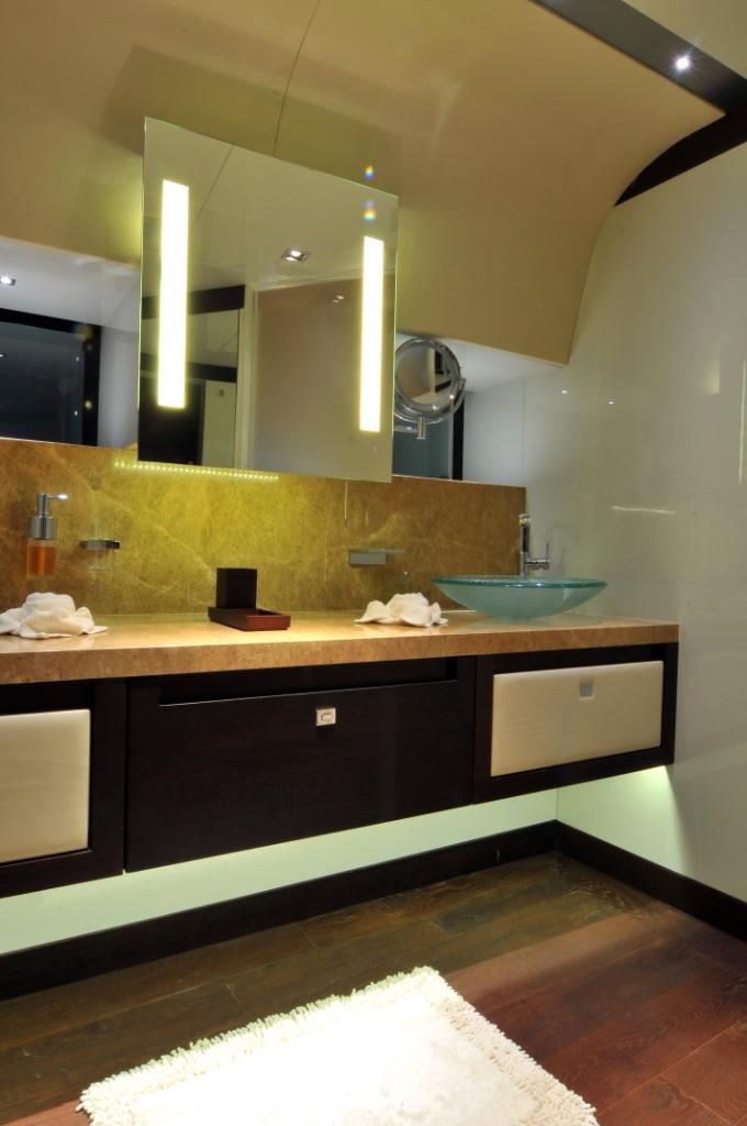 meya meya upper master bathroom