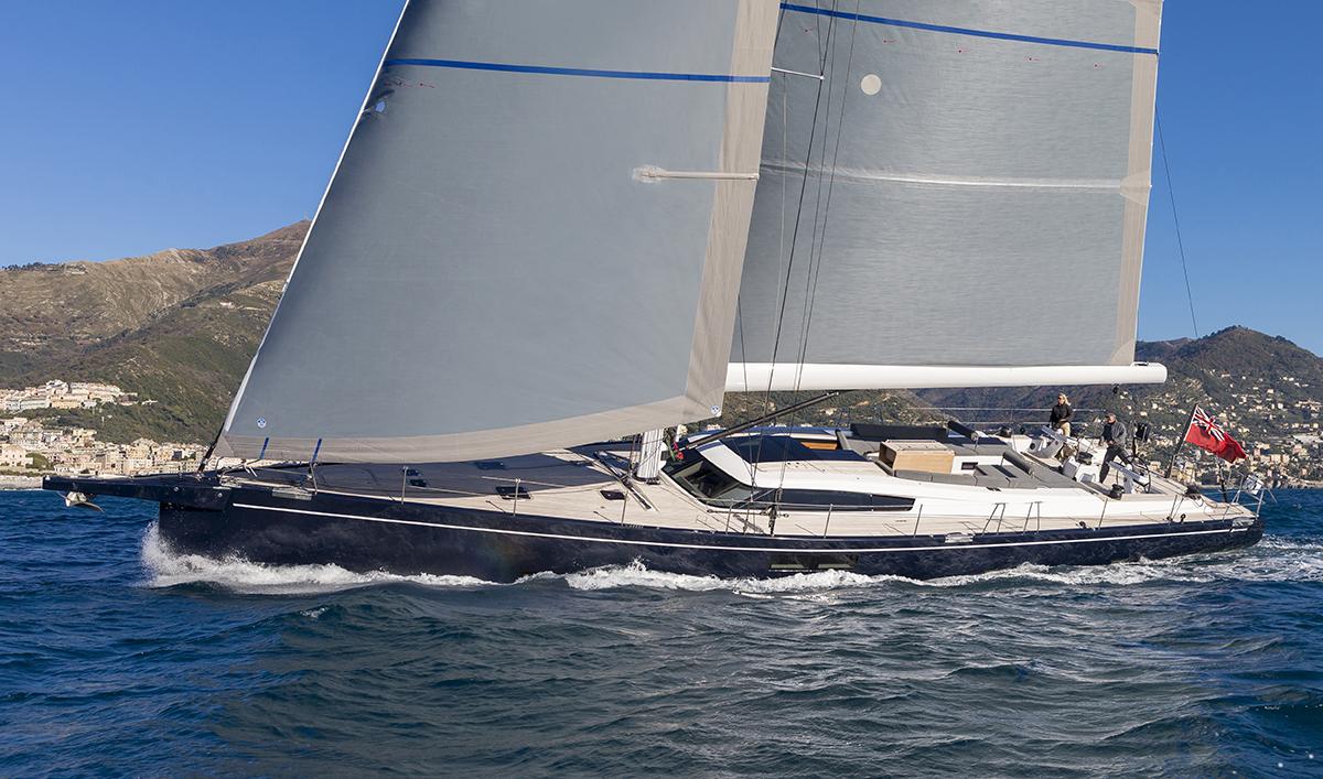 Advanced 80 under sail