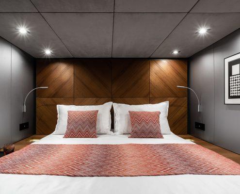 e catamaran cabin