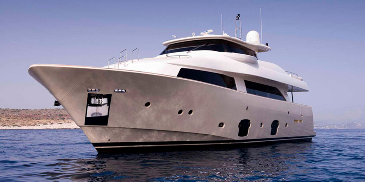 dana ferretti yacht