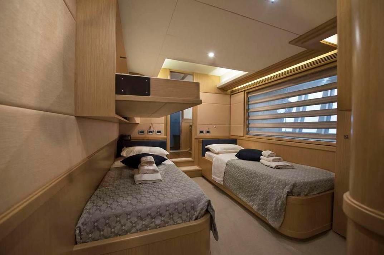 dana ferretti twin yachts