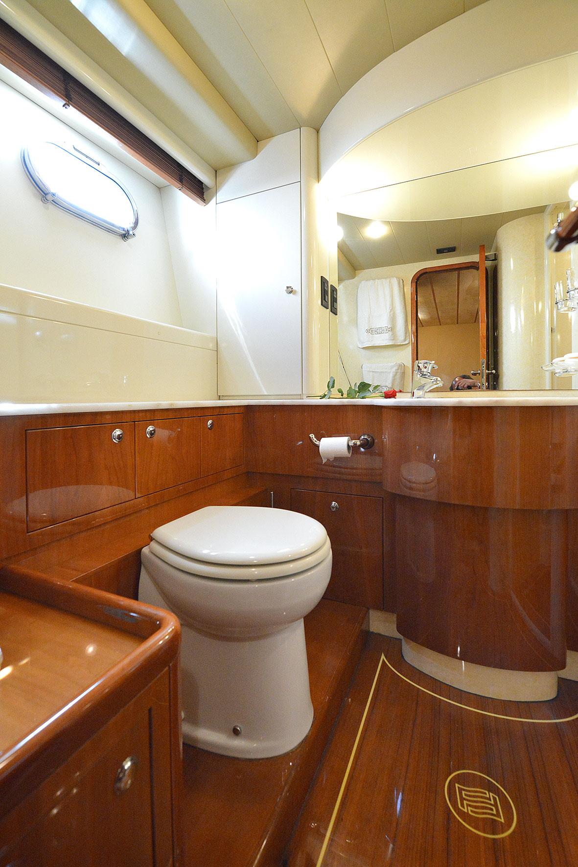 mary ferretti 68 bathroom