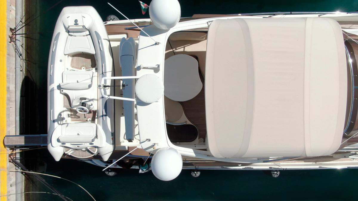 medusa yacht azimut 68 tender