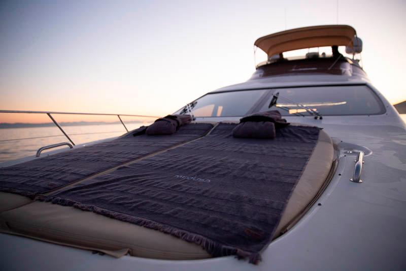 medusa yacht sunpads