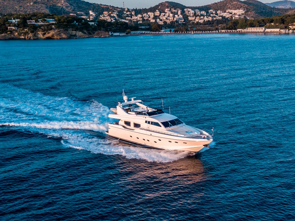 pareaki yacht charter