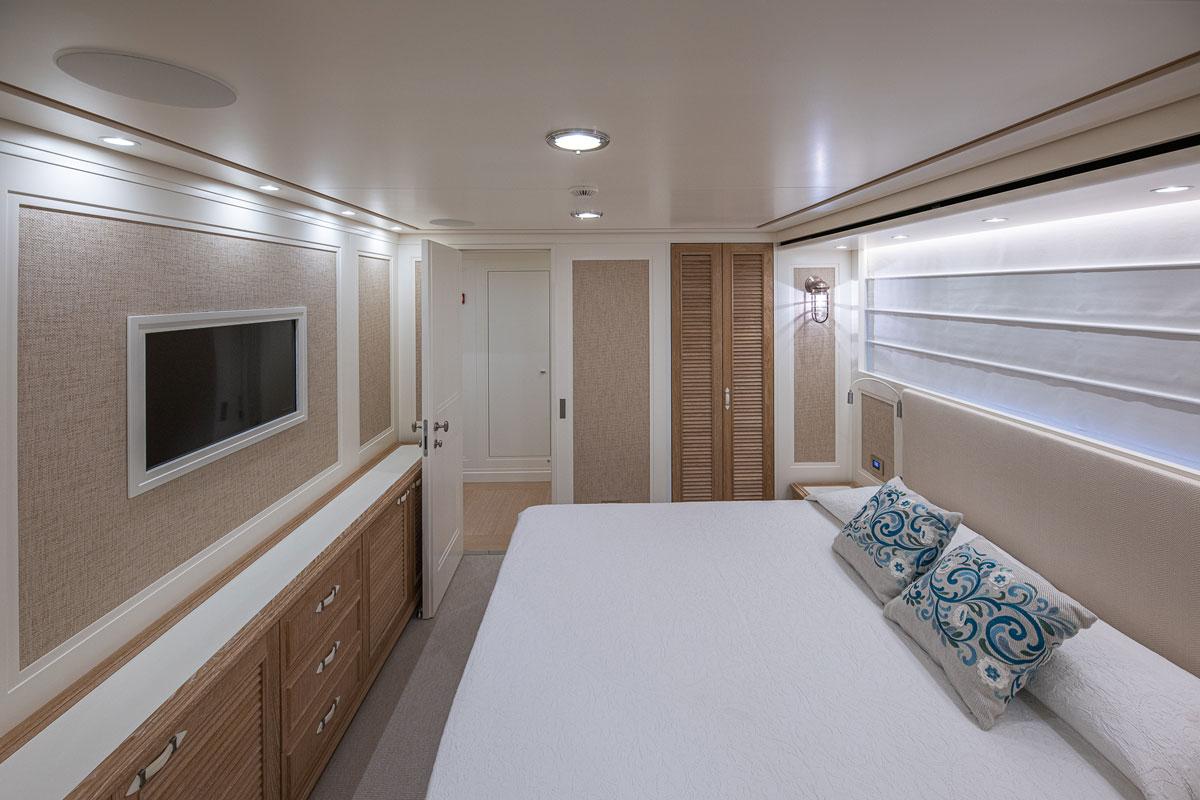 my-way-cabin-yacht