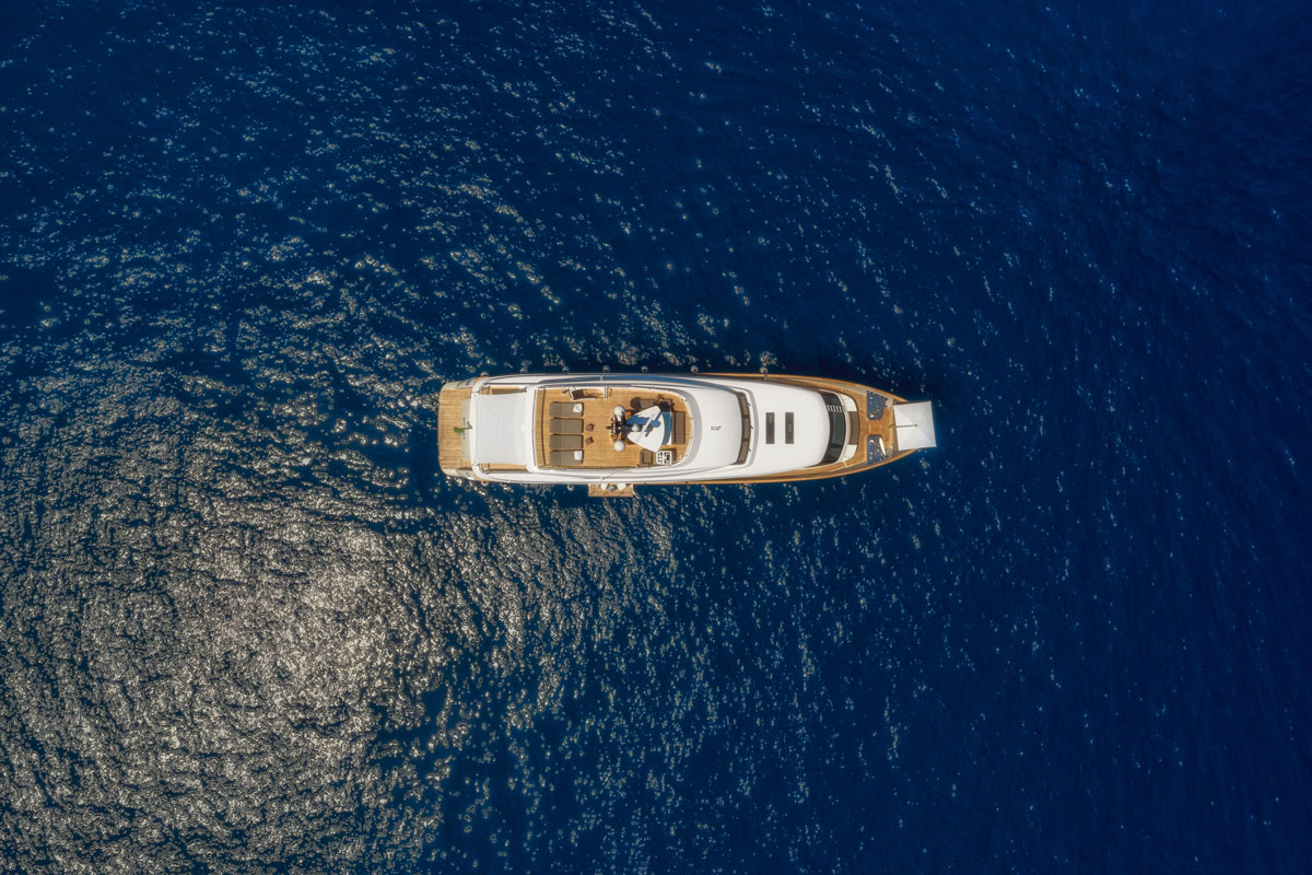 my-way-top-view-yacht