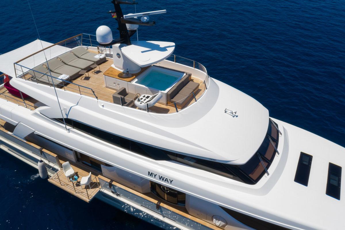 my-way-yacht-fly