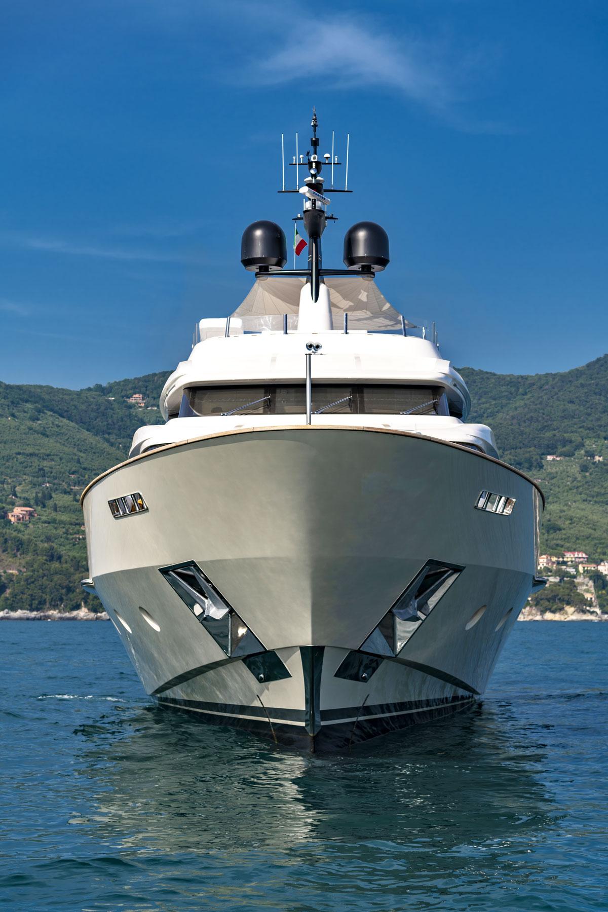 sd 112 sanlorenzo yacht